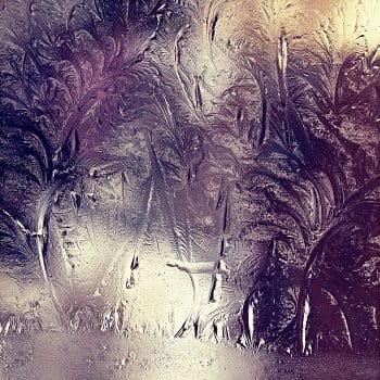 Mráz maluje na okno našeho domu ... (2)
