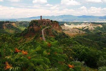 Civita di Bagnoregio - umírající město