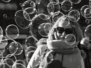 Mezi bublinami