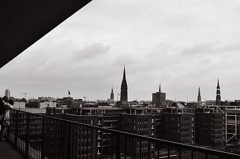 černobílý Hamburg II.