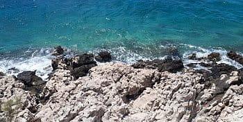 Skalní útes