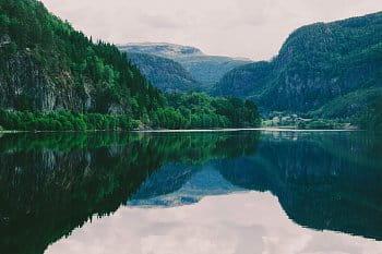 Vodní zrcadlo