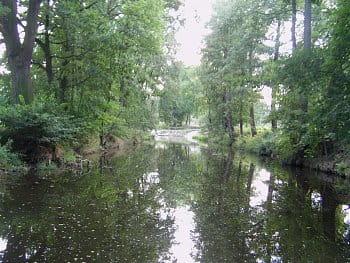 Zrcadlená řeka