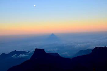 """""""Ve stínu Adamovy hory"""""""