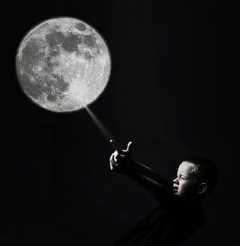Výstřel na Měsíc