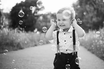 V zajetí bublin