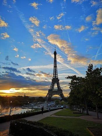 Ráno v Paříži