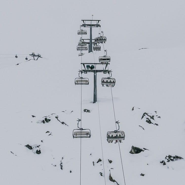 Na lyžích II
