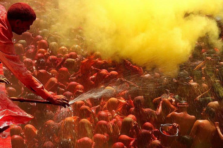 Svátek Holi - svátek barev a vody ...
