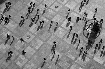 Lidé a stíny
