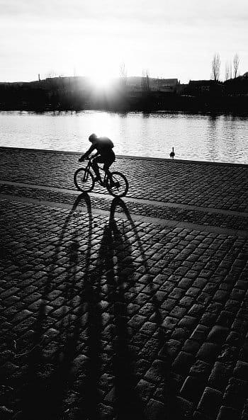 Večerní cyklista