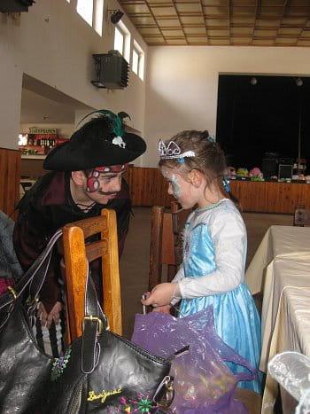 Pirát a princezna