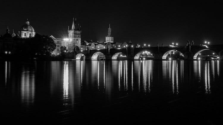 Karlův most v černé