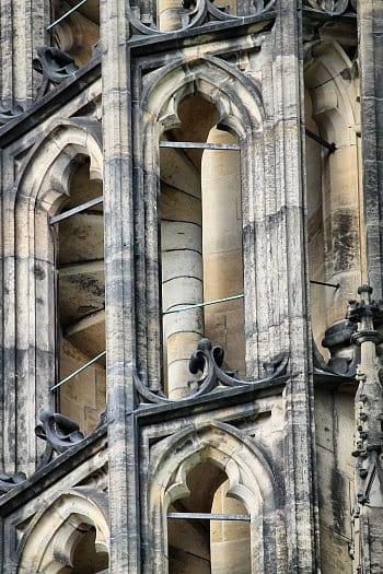 Točité schody katedrály