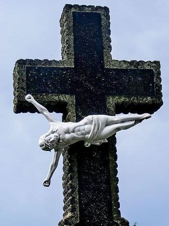 kříž...