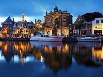 Večerní Haarlem