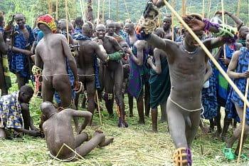 Súboje Donga, kmeň Surma, Etiópia