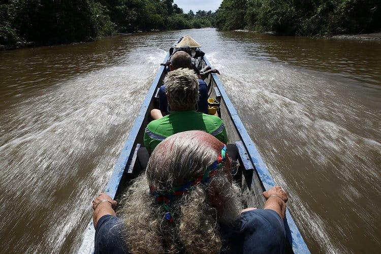 Na cestě džunglí (ostrov Siberut)