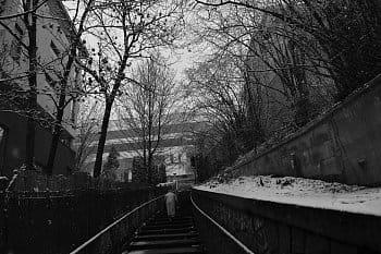 Po schodech do zimy