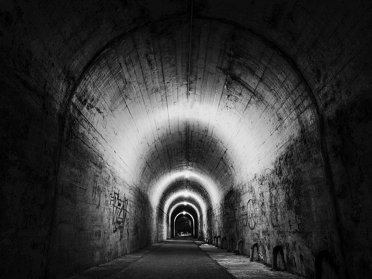 Na konci tunelu
