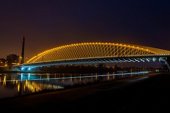 Cyklostezka u Trojského mostu