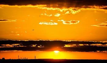 západ slunce s letadlem