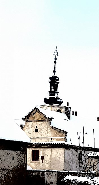 Středokluky kostel