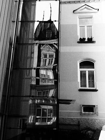 Odraz budovy