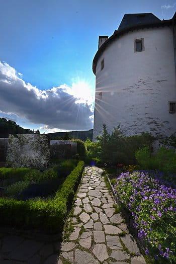 Odpoledni slunce na hrade