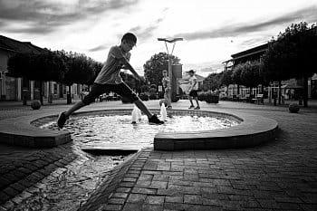 Skočím
